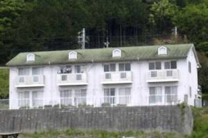 高森町山吹 アパートサンヒルズ塗装工事開始・屋根と外壁