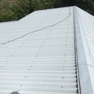 秩父郡長瀞町での工場の屋根塗装 塗装前