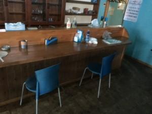 秩父郡横瀬町の店舗・家具の塗装 塗装前