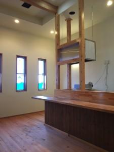 秩父郡横瀬町の店舗・家具の塗装 塗装完成写真
